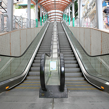 LE_9_Centre Street Escalator Link_f